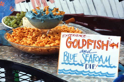 goldfish-blue-seafoam-dip