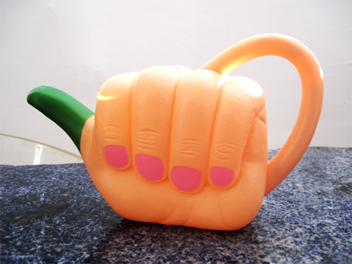 grn-thumb-pitcher_7488