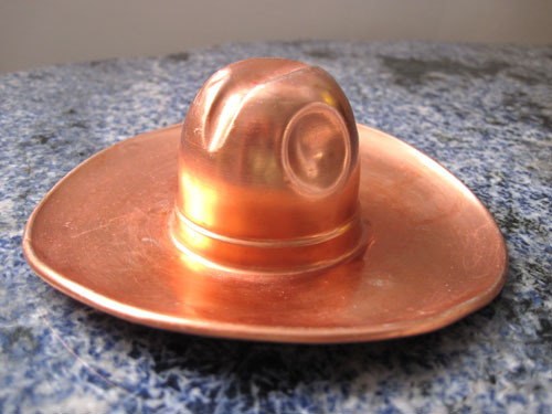 cowboy-hat-ashtray_9464