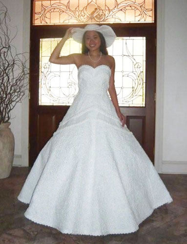 toilet-paper-wedding-gown-winner