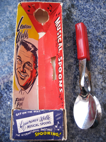 lawrence-welk-musical-spoons_1026