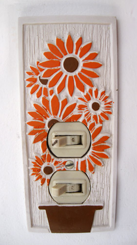 Sunflower-light-switch-plate_1669-2