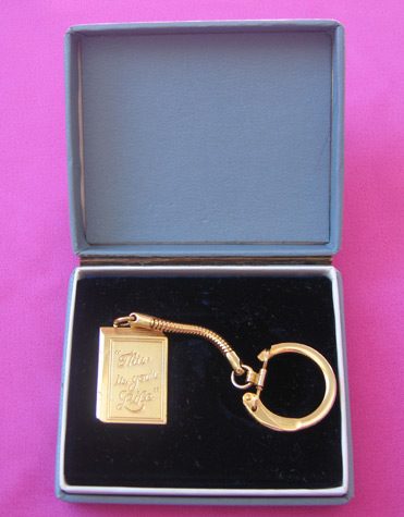this-is-your-life-keyring_5466