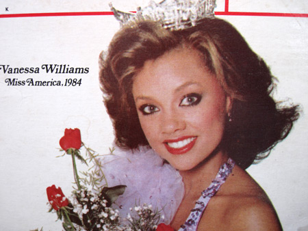 Vanessa-Williams-cornflakes-box_2352