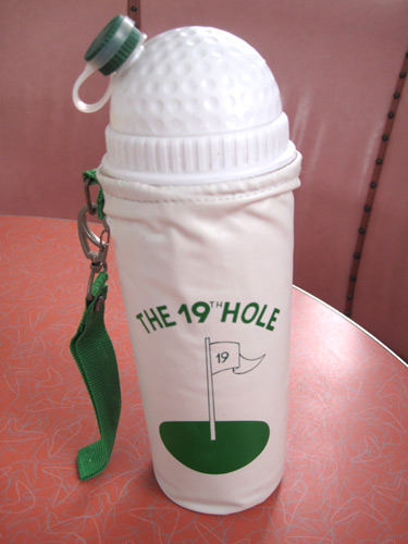 19th-hole-drink-caddy_6441