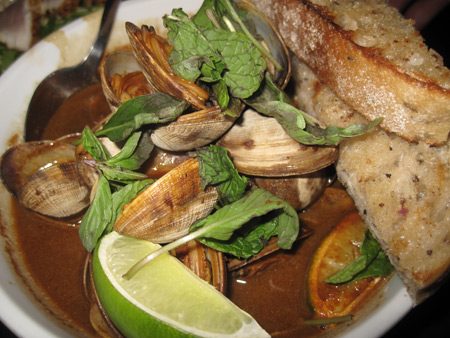 Black-Pepper-clams_6648