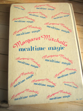 margaret-mitchell's-mealtime-magic-cookbook_1965