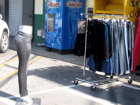 mannequin-jeans_6580