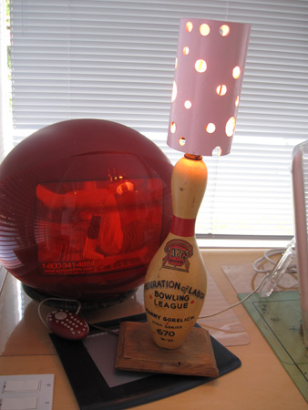bowling-ball-lamp_4328
