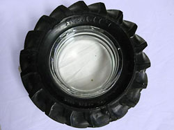 tire-ashtray71