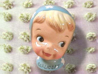 garlic-salt-shaker-napco1
