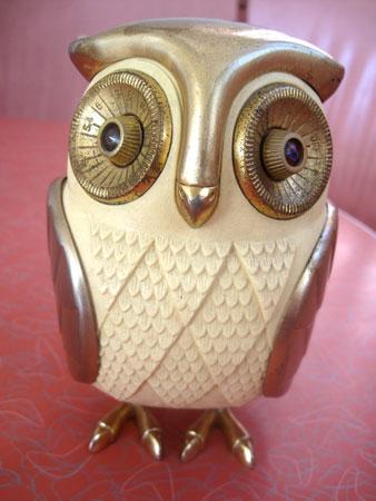 owl-transistor-radio_3549