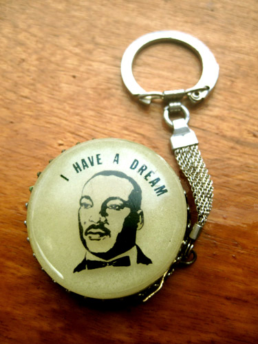 MLK-I-have-a-dream-keyring_5702