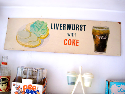 liverwurst-and-coke-sign_1338
