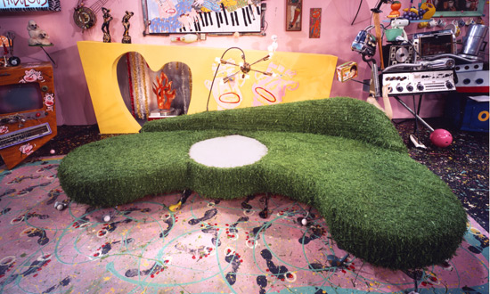 Julie-astroturf-couch-&-living-rm2