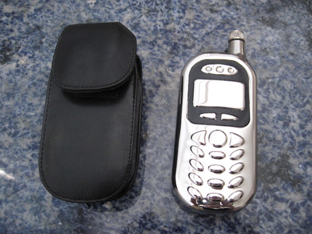 cell-phone-flask_1307