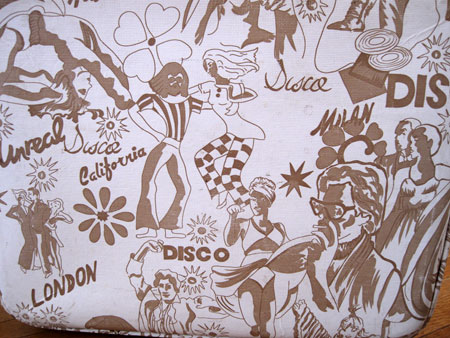 disco-suitcases_2240