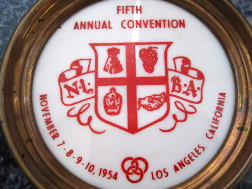 LA-NLBA-convention-ashtray_3083