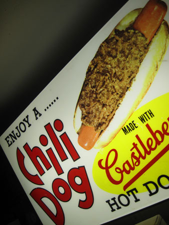 chili-dog-lighted-sign_2506