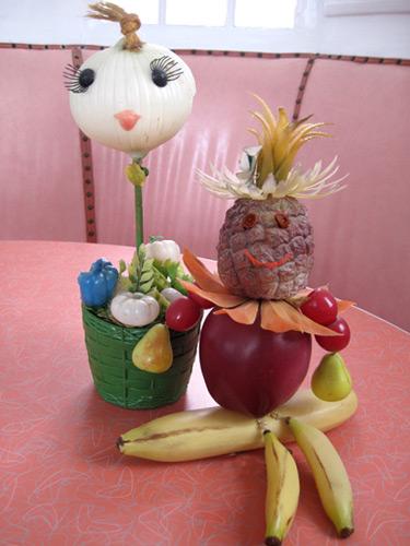 plastic-fruit,-vege-person_3071
