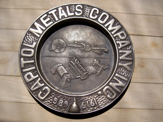 metal-company-ashtray_5321